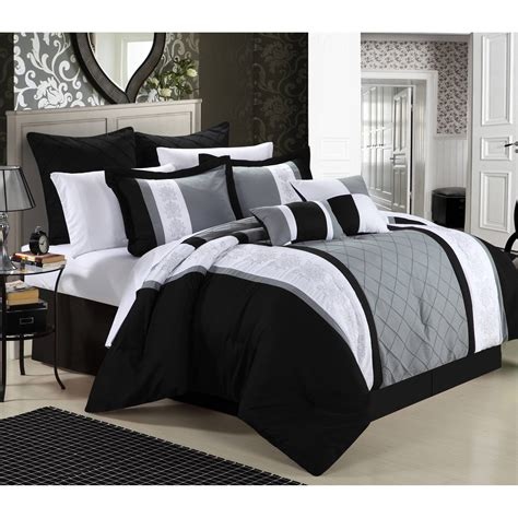 Black And White Bedroom Set by Better Homes And Gardens Damask 5 Bedding Comforter