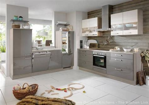 High Gloss Grey Kitchen Cabinets Best 25 High Gloss Kitchen Doors Ideas On Light Grey Gloss Kitchen White Gloss