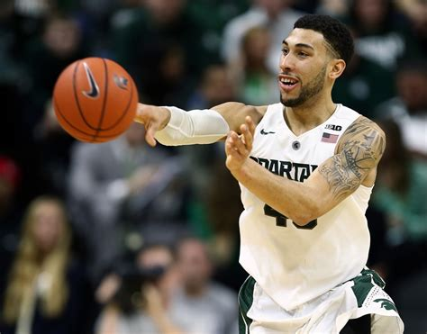 denzel michigan state denzel 5 reasons he should win big ten poy