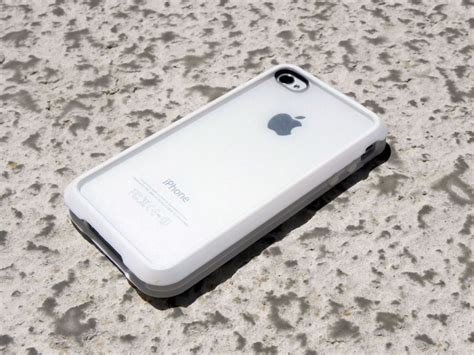Switcheasy Trim Protection Solution For Iphone 4 switcheasy trim in white for iphone 4 review cult of mac