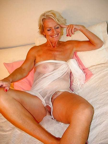 Mature Lady Justine Pics XHamster