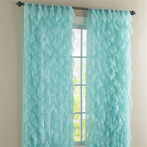 Ruffled Window Curtains 10 Best Ideas About Ruffled Curtains On Pinterest Ruffle Curtains Curtains For Room