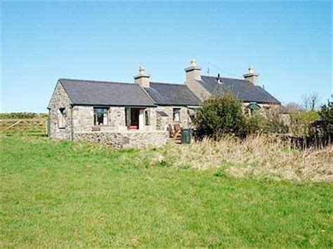 anglesey cottages trefor anglesey cottages bryn tirion self