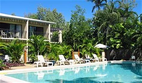 comfort inn suites trinity beach club cheap trinity beach accommodation budget holiday