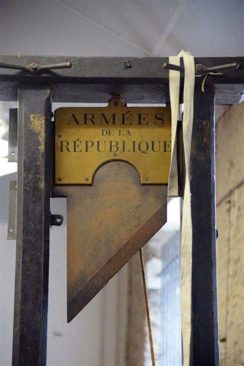 guillotine  sale  pics