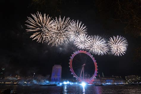 thames river boats new years eve 9 iconic places around the world to party on new year s