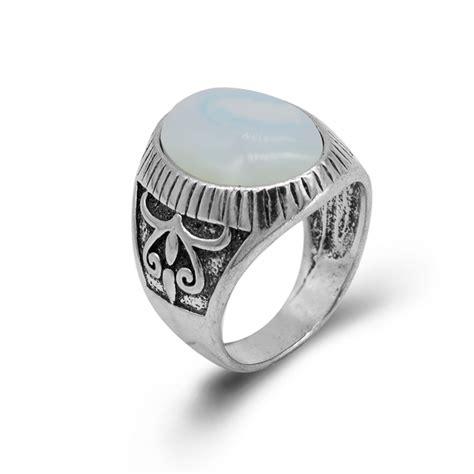 buy  selling men rings