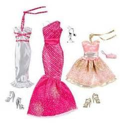 Barbie fashionistas night looks clothes glam night out barbie