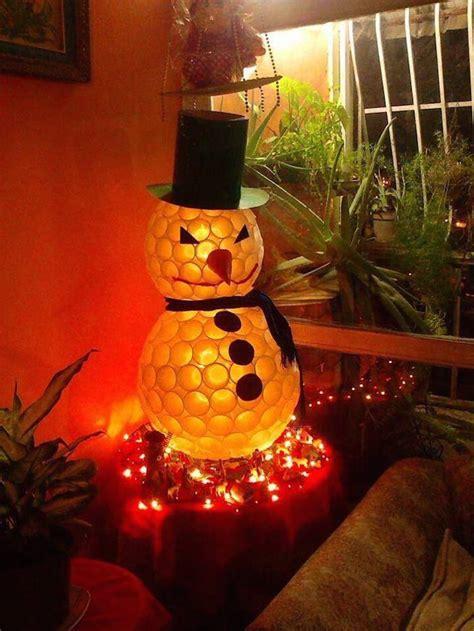imagenes para decorar las calles en navidad originales decoraciones de navidad utilizando elementos