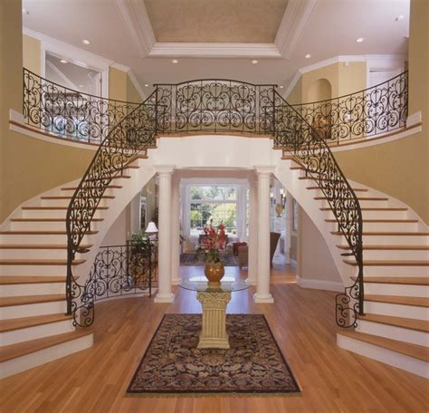 foyer staircase