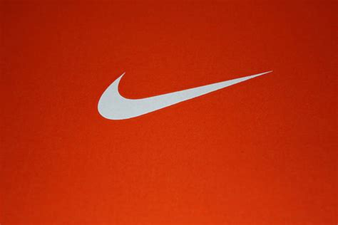 logo history of nike rad flag gallery 世界中で愛されるnikeのロゴ物語