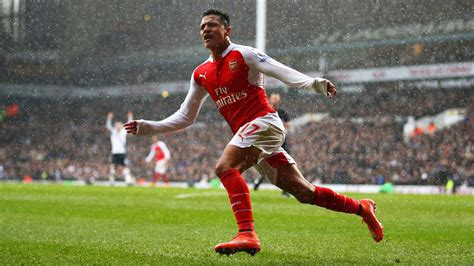 alexis sanchez joins arsenal alexis sanchez needs to be the protagonist at arsenal