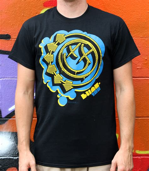 Kaos Blink 182 Tshirt Gildan Softstyle Blink 29 blink 182 bubbler bli026 29 00 bandtees official band t shirts band merch and