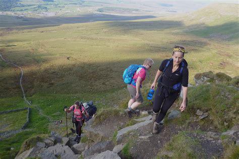 3 peaks challenge dales