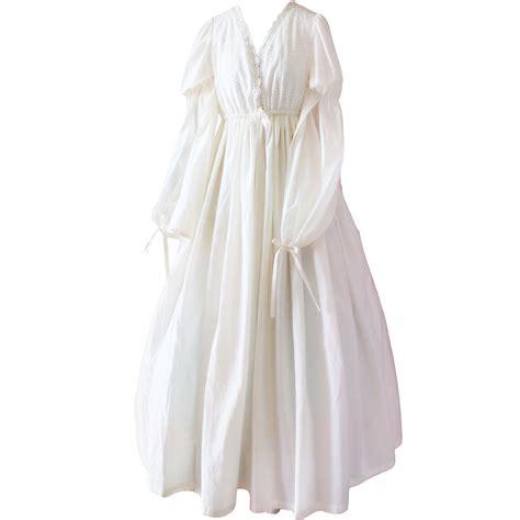 robe de chambre femme pas cher pas cher jeunes femmes princesse robe vintage