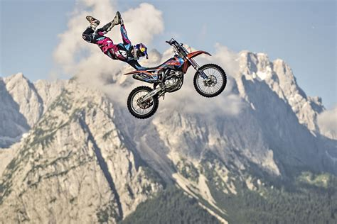 extreme motocross 10 extreme motor sports for thrill seekers howstuffworks