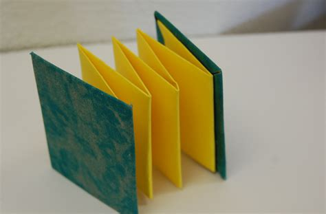 How To Make A Paper Accordion - accordion book materials for the arts