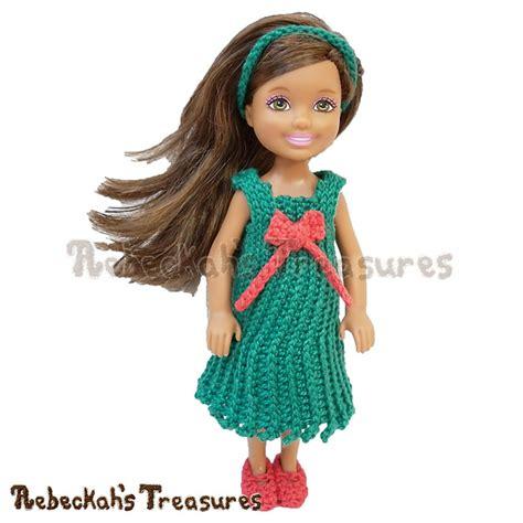 fashion doll crochet patterns crochet patterns galore festive cheer