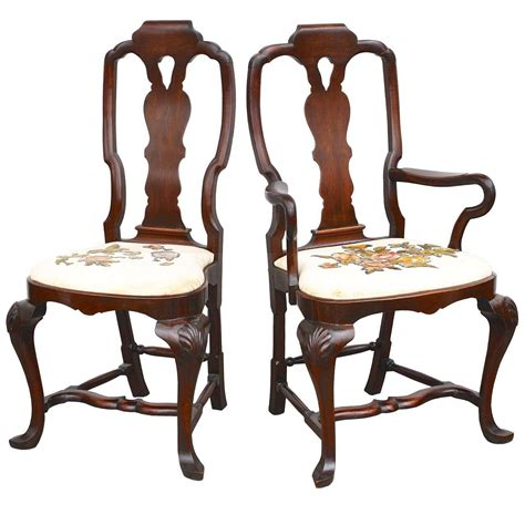 queen anne dining room chairs fourteen american queen anne revival dining chairs for