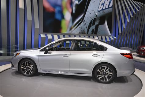 legacy subaru 2018 2018 subaru legacy brings subtlety to chicago auto show