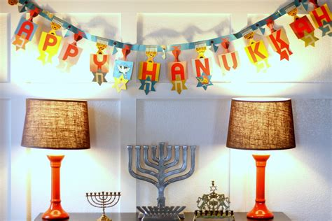 september the march hanukkah decorations