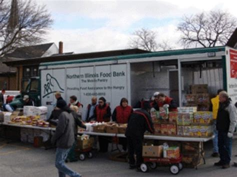 Algonquin Food Pantry by Mobile Food Pantry Stop In Huntley Huntley Il Patch