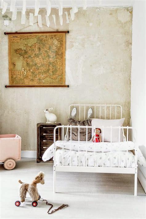 decoracion habitacion infantil vintage habitaci 243 n infantil vintage con cama de forja