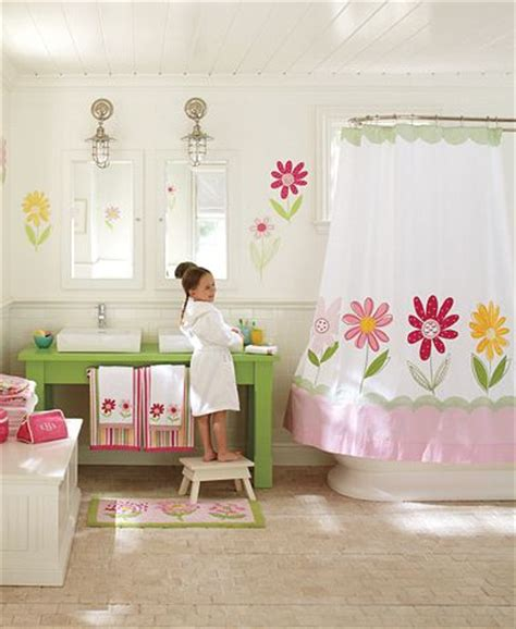 pottery barn kids bathroom ideas new england style barneromsinspirasjon