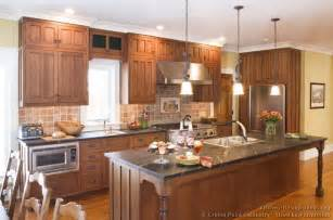 Kitchen Design Ideas Org by Pictures Of Kitchens Traditional Two Tone Kitchen