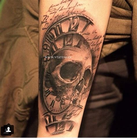 clock skull tattoos pinterest horloge et cr 226 nes