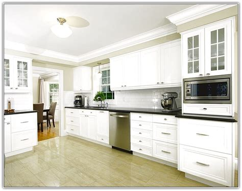 kitchen cabinets molding ideas kraftmaid inserts for classic crown molding kitchen
