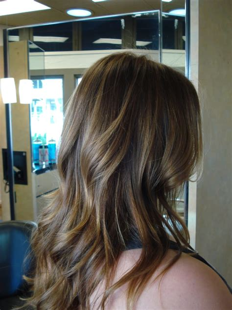pictures of light brown hair with highlights for women over 50 subtle highlights on light brown hair yelp