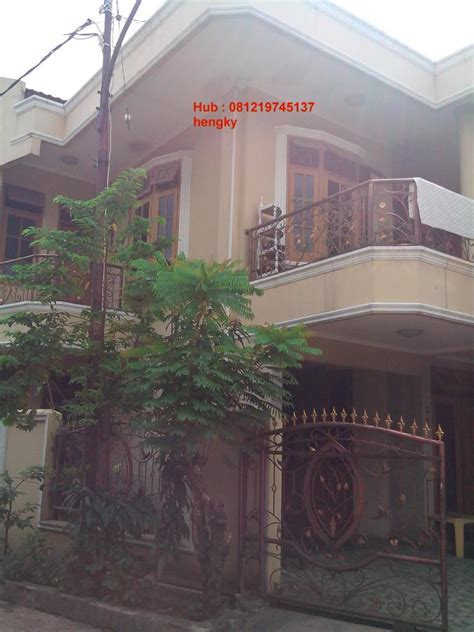 Gambar Pintu Garasi Rumah Mewah. gambar pintu garasi rumah