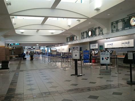 el paso airport reviews el paso airport guide