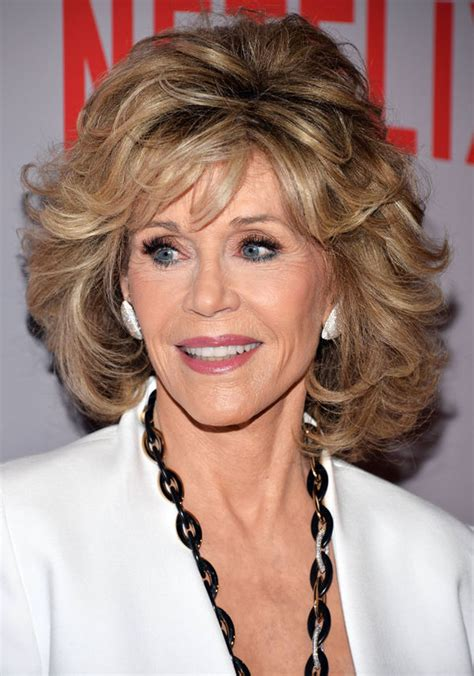 what color hair is jane fondas jane fonda looks effortlessly chic as she attends grace