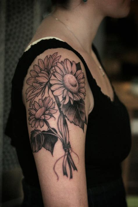50 Amazing Sunflower Tattoo Ideas For Creative Juice Black And White Sunflower Shoulder