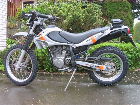 Beta Motorrad Alp 4 0 by Beta Alp 4 0 Motorr 228 Der Yamaha Srx600 Tt600 Enduro