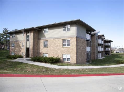 Apartment Finder West Des Moines Woodland West Rentals West Des Moines Ia Apartment Finder