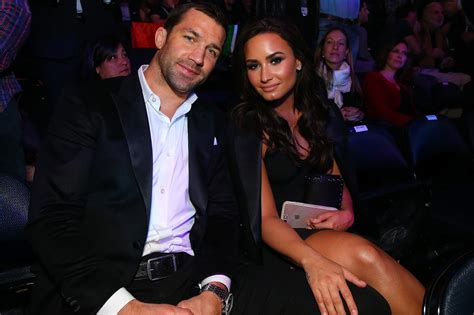 demi lovato and ufc demi lovato and ufc s luke rockhold hold hands in nyc