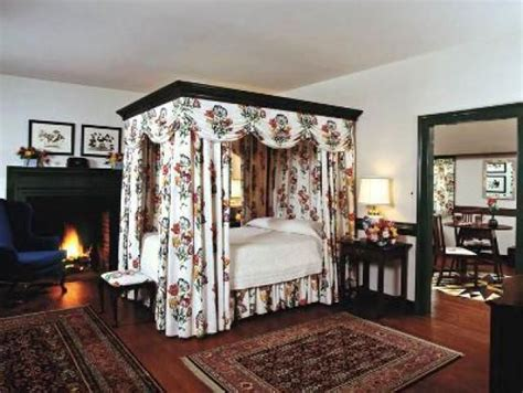 17 best images about colonial bedrooms on