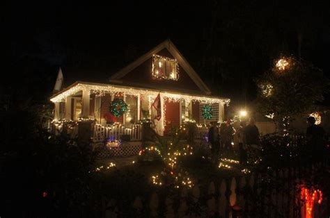 best christmas lights in orlando s neighborhoods orlando