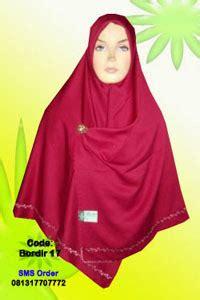 Jilbab Segi Empat Fiddini jilbab tebal fiddini
