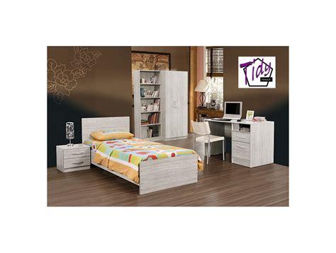 chambre enfant grise chambre adam tidy home