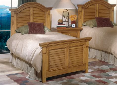 solid pine bedroom furniture sets cottage traditions pine bedroom set american woodcrafters