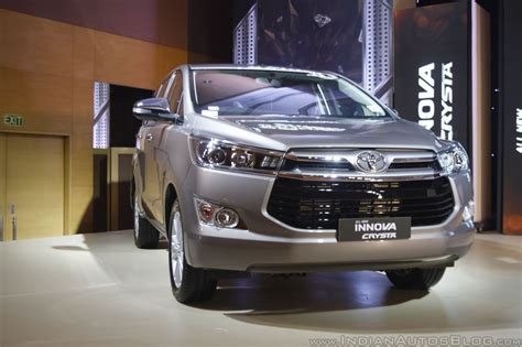Toyota Innova Crysta Facelift 2020 by Toyota Innova Crysta Toyota Fortuner To Get New Features