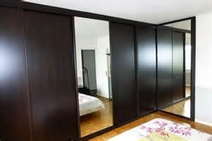 Charmant Porte De Placard Chambre #2: placard-chambre-porte-coulissante-miroir-2.jpg