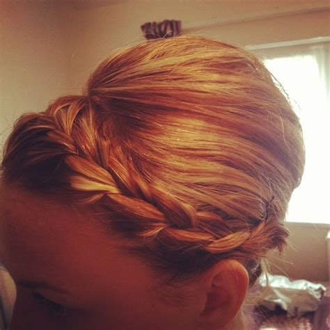 vertical haircut 40 best images about vertical rolls french pleat on