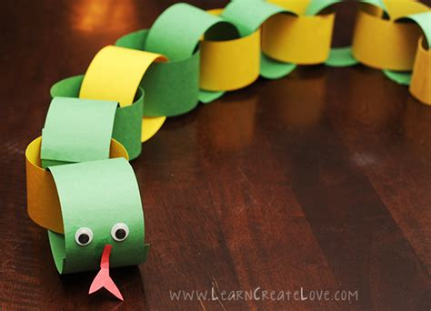 Paper Snake Craft - paper chain snake craft