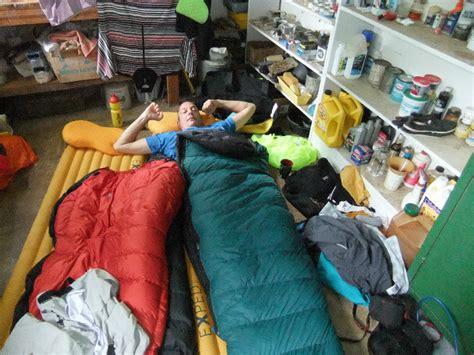 der werkstatt schlafen in der werkstatt photo