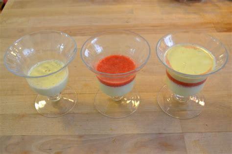 panna cotta anrichten panna cotta vanille orange rezept mit erdbeeren